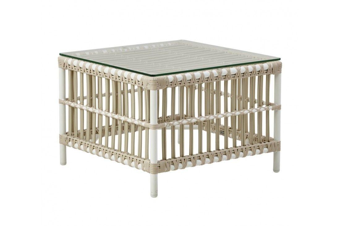 Table basse du salon de jardin Caroline